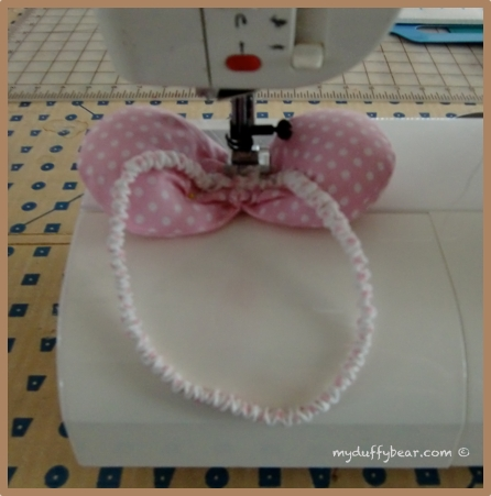 Click image for larger version  Name:09 Duffy the Disney Bear _SM Pink Dot Bow..jpg Views:1 Size:115.9 KB ID:14175