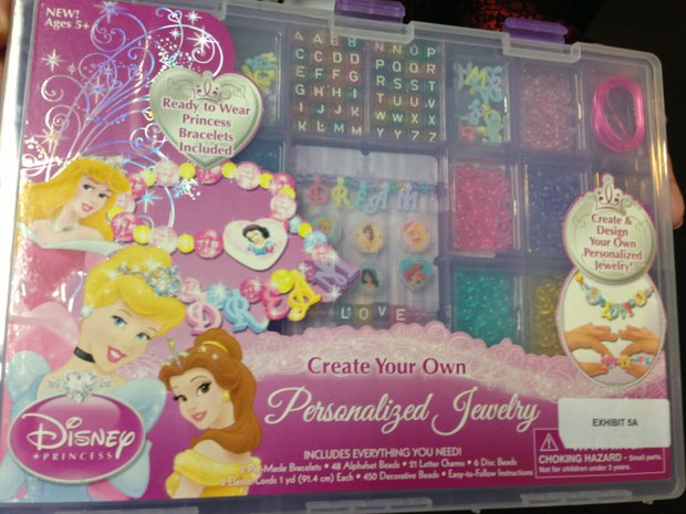 Click image for larger version  Name:princess_cover_t620.JPG Views:1 Size:68.4 KB ID:23571