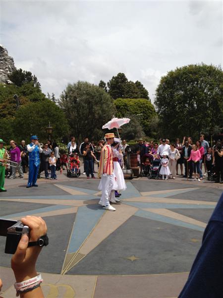Click image for larger version  Name:Disneyland 020 (Medium).jpg Views:1 Size:52.0 KB ID:27857