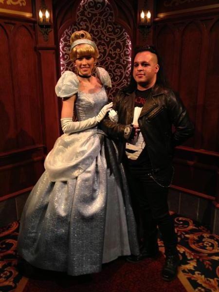 Click image for larger version  Name:Disneyland 029 (Medium).jpg Views:1 Size:47.7 KB ID:27860