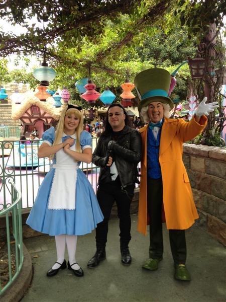 Click image for larger version  Name:Disneyland 030 (Medium).jpg Views:1 Size:75.3 KB ID:27863