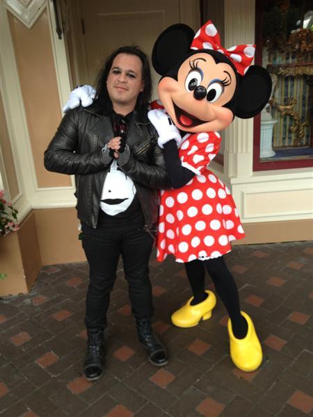 Click image for larger version  Name:Disneyland 031 (Medium).jpg Views:1 Size:51.4 KB ID:27864