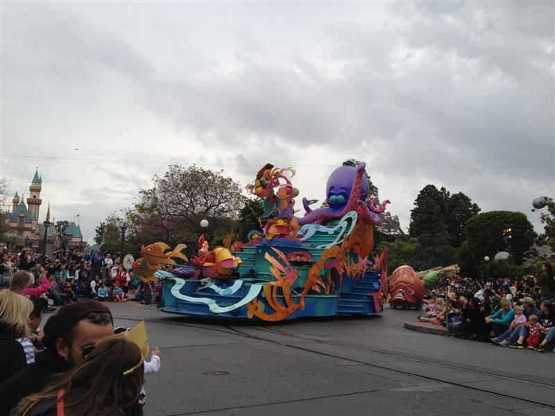 Click image for larger version  Name:Disneyland 058 (Medium).jpg Views:1 Size:72.6 KB ID:27875