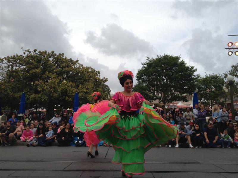Click image for larger version  Name:Disneyland 064 (Medium).jpg Views:1 Size:81.3 KB ID:27878