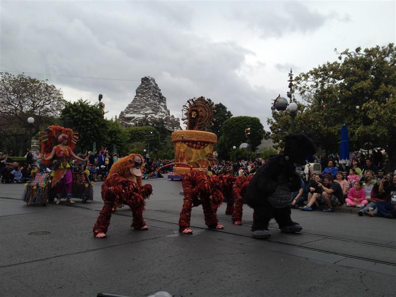 Click image for larger version  Name:Disneyland 076 (Medium).jpg Views:1 Size:77.7 KB ID:27884