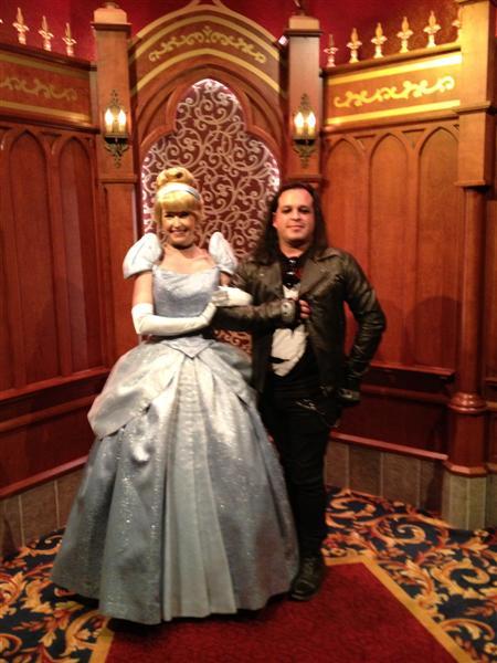Click image for larger version  Name:Disneyland 120 (Medium).jpg Views:1 Size:59.0 KB ID:27900