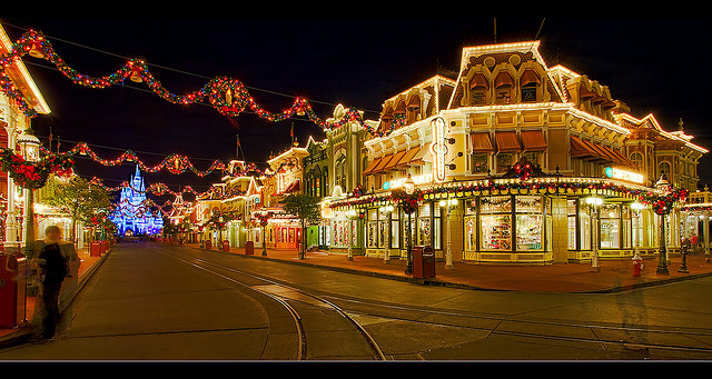 Click image for larger version  Name:Main Street.jpg Views:1 Size:141.2 KB ID:29106