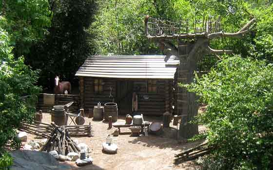 Click image for larger version  Name:mikes-cabin.jpg Views:1 Size:33.4 KB ID:19191