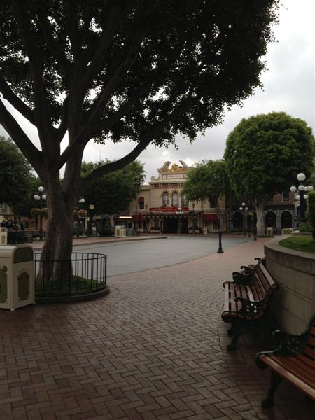 Click image for larger version  Name:Disneyland 004 (Medium).jpg Views:1 Size:57.5 KB ID:27842