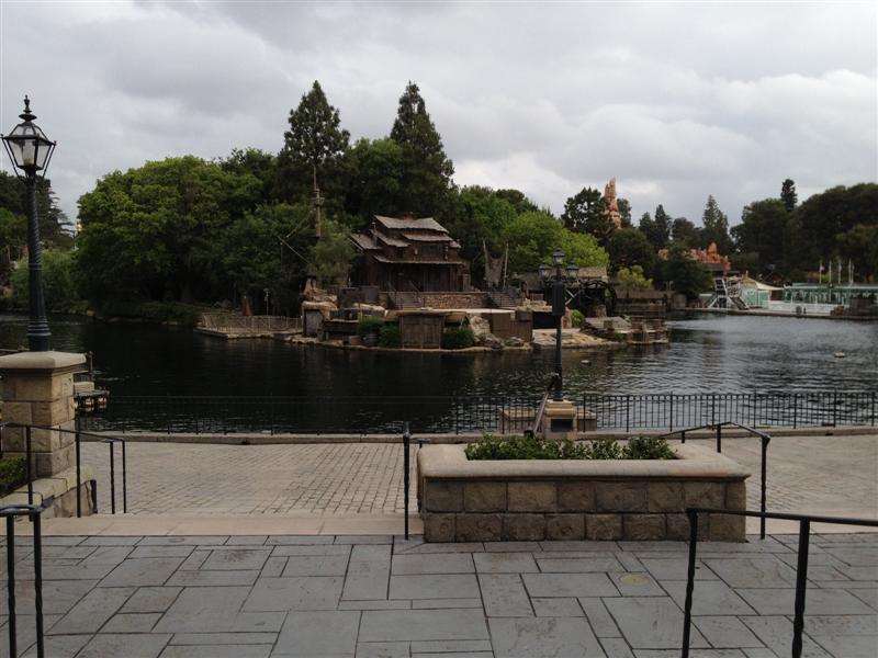 Click image for larger version  Name:Disneyland 013 (Medium).jpg Views:1 Size:79.7 KB ID:27850