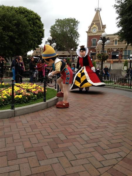Click image for larger version  Name:Disneyland 018 (Medium).jpg Views:1 Size:65.0 KB ID:27855