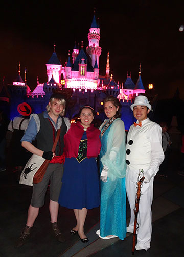Click image for larger version  Name:castle night.jpg Views:1 Size:64.7 KB ID:31621